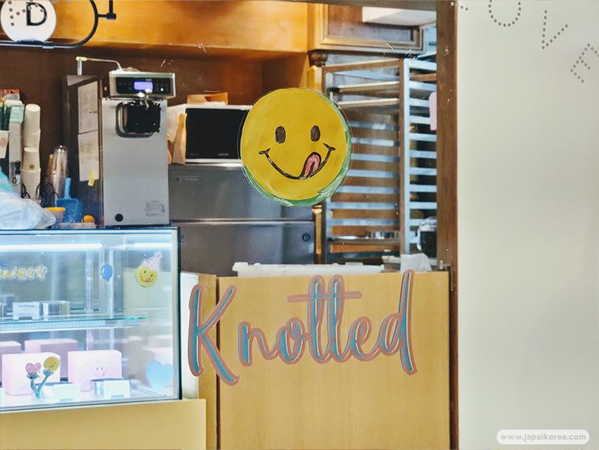 ร้านโดนัท โนที่ดึ Knotted Donut สาขา Jamsil